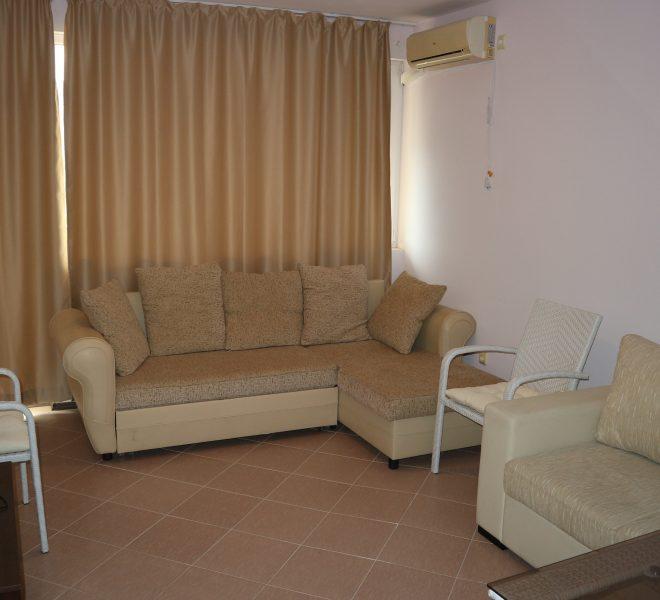 Двустаен апартамент Равда (5)