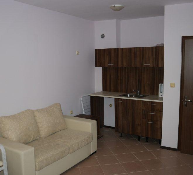 Двустаен апартамент Равда (6)