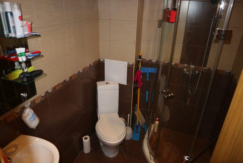 Двустаен апартамент Слънчев Бряг баня