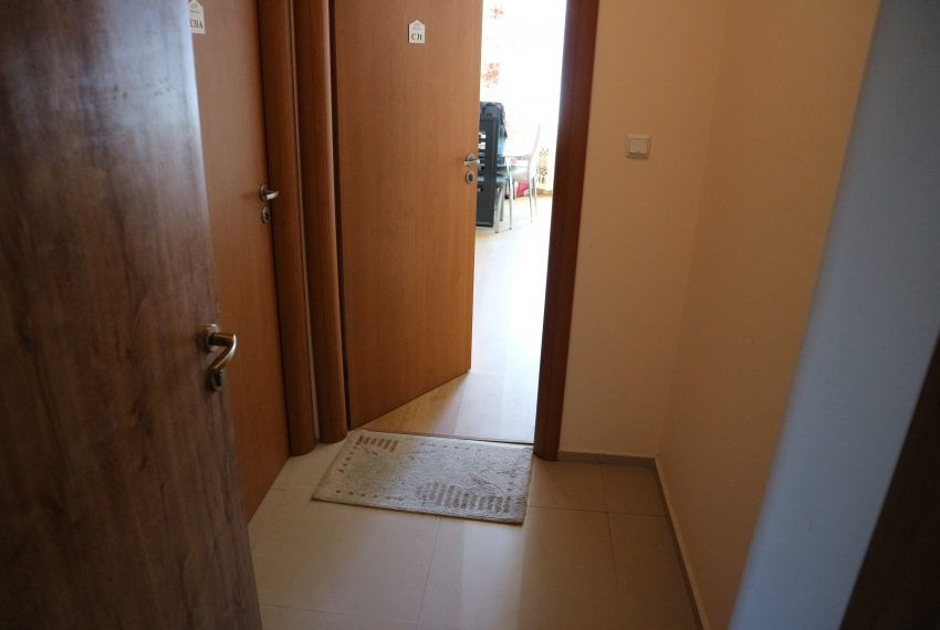 Едностаен апартамент Слънчев Бряг коридор