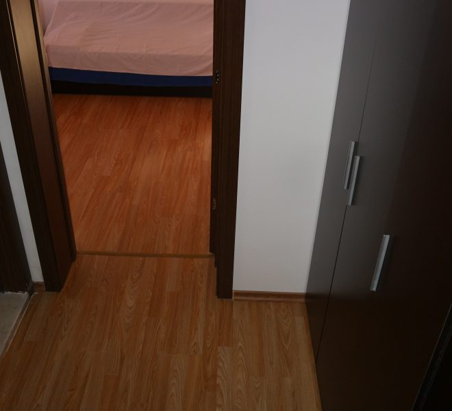 едностаен апартамент Несебър коридор