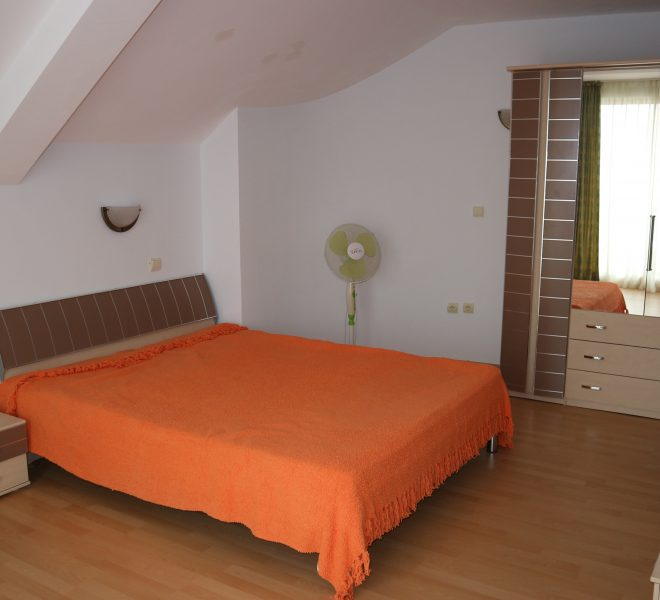 двустаен апартамент Свети Влас спалня