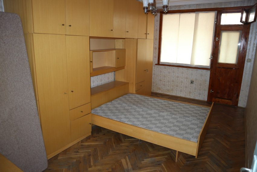 Тристаен апартамент Несебър спалня