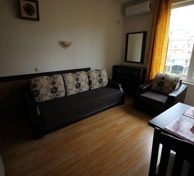 Едностаен апартамент Равда всекидневна