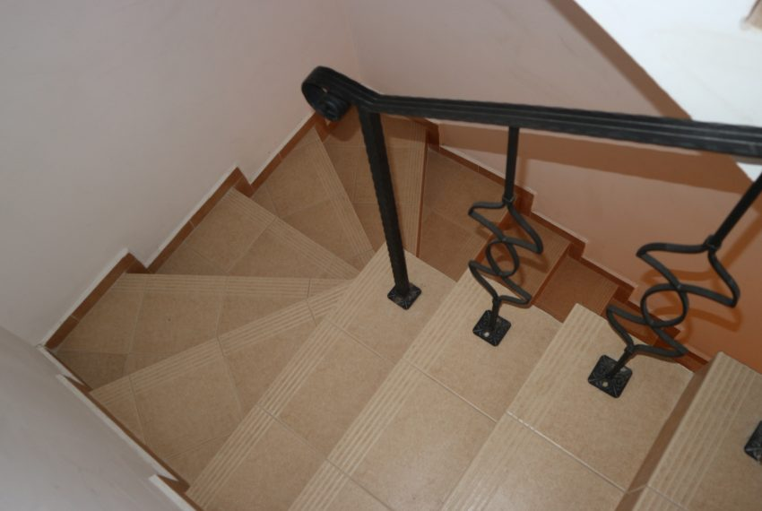 Таунхаус двуспален Свети Влас коридор ,стълби