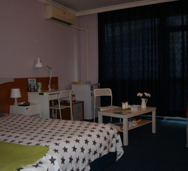 Едностаен апартамент в Несебър спалня