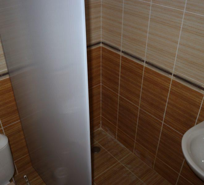 Двустаен апартамент в Свети Влас с частична гледка море баня