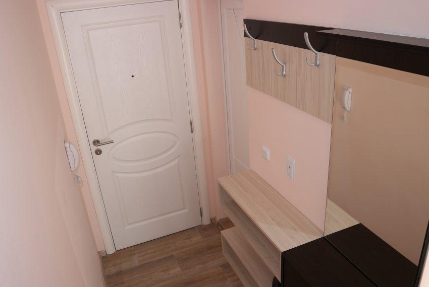 Едностаен апартамент в Слънчев Бряг коридор