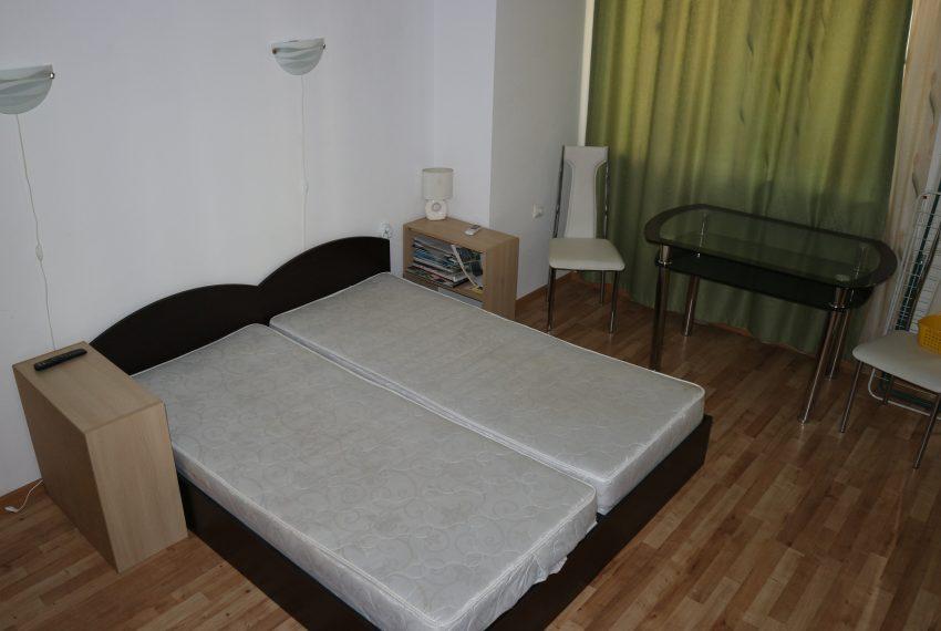 Едностаен апартамент тип студио в Слънчев Бряг спалня