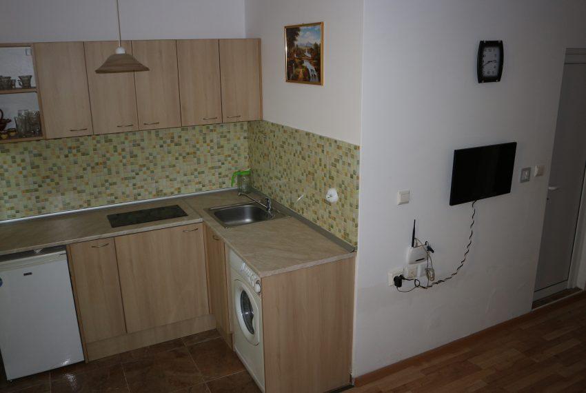 Едностаен апартамент тип студио в Слънчев Бряг всекидневна с кухня