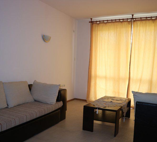 Тристаен апартамент в Слънчев Бряг (2)_compress61