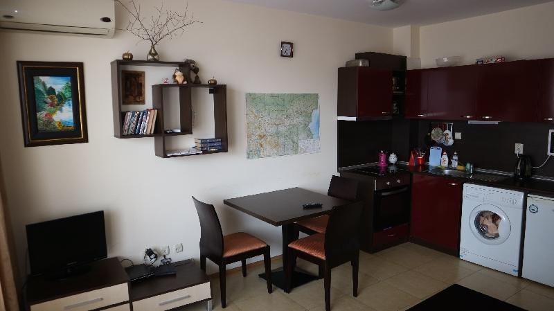 Двустаен апартамент в Несебър (10)_resize_89