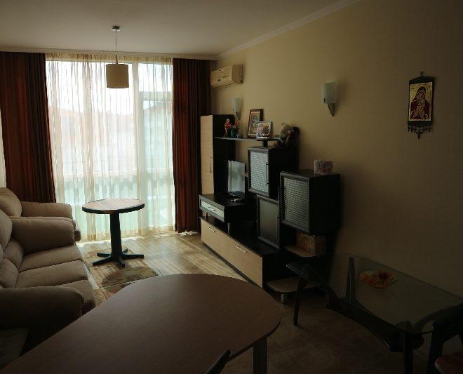 Двустаен апартамент в Несебър (11)_resize_50