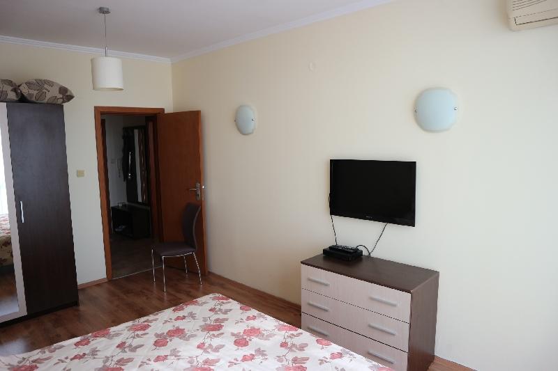 Двустаен апартамент в Несебър (6)_resize_95