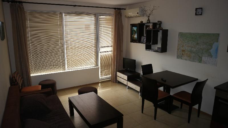 Двустаен апартамент в Несебър (9)_resize_48