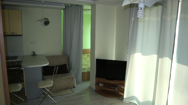 Едностаен апартамент в Равда . One room flat in Ravda (7)_resize_77