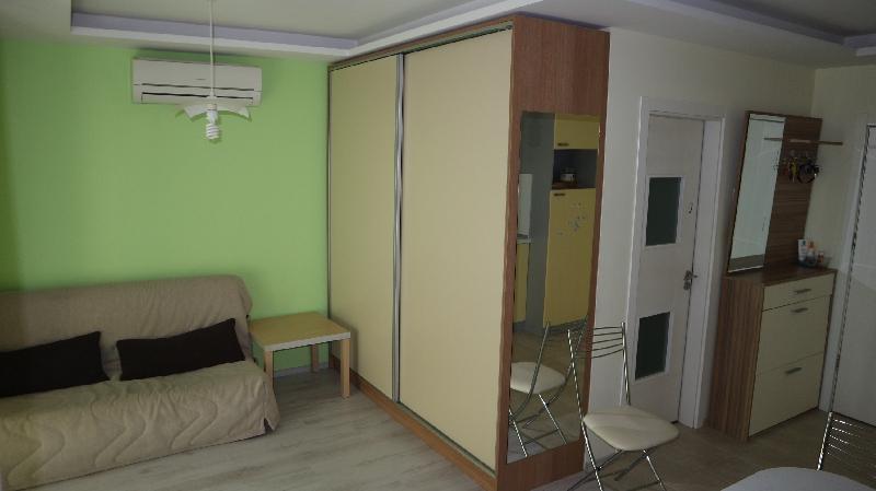 Едностаен апартамент в Равда . One room flat in Ravda (9)_resize_45