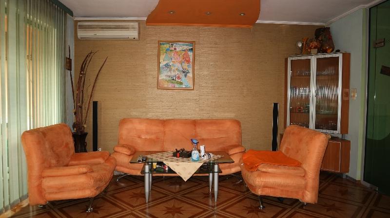 Тристаен апартамент в Несебър . Three room apartment in Nesebar . Трехкомнатная квартира в Несебр (4)_resize_68